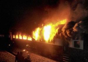 treno in fiamme
