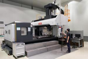 Esempio di CNC ad uso industriale o professionale